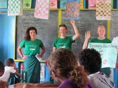 Frivillige underviser i ernæring i Fiji
