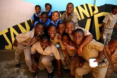 Lokale børn i Jamaica