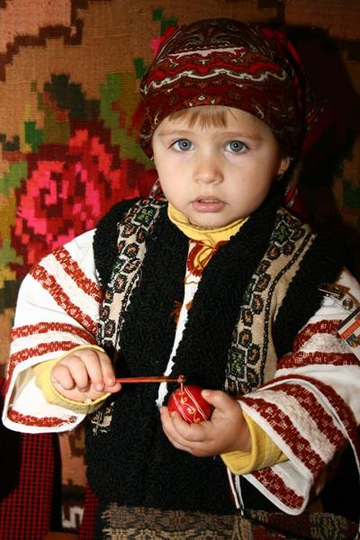 Lille rumænsk dreng