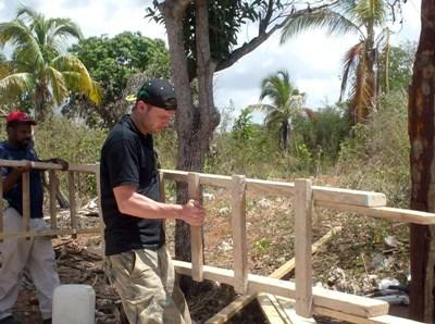 Frivillig på byggeprojektet i Jamaica