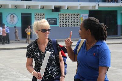 Oplysningskampagne om psykisk sygdom på skole i Jamaica