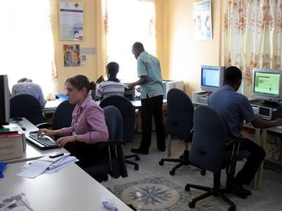 Research og samarbejde vedrørende jura og menneskerettigheder i Ghana