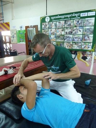 Frivillig på projekt inden for fysioterapi I Cambodja