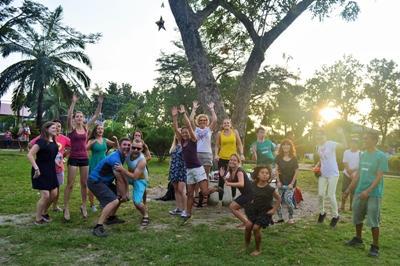 Teamwork på sportsprojektet i Filippinerne