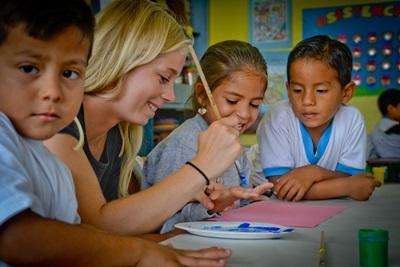 Frivillig på undervisningsprojekt på Galapagos