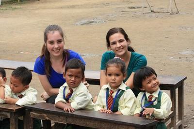 Frivillige på undervisningsprojekt i Nepal