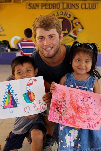 Frivilligt arbejde med børn i Belize