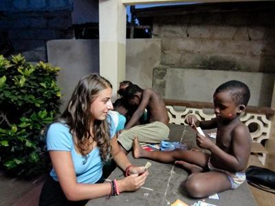 Legetid på humanitært projekt i Lomé