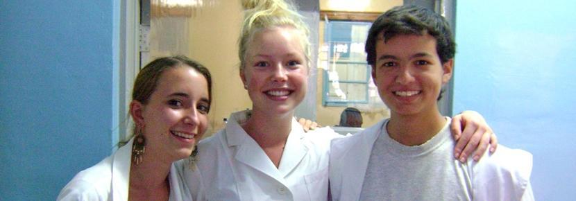 Unge får medicinsk erfaring i et udviklingsland