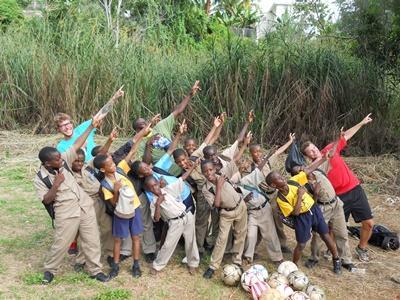 Glade frivillige i Jamaica